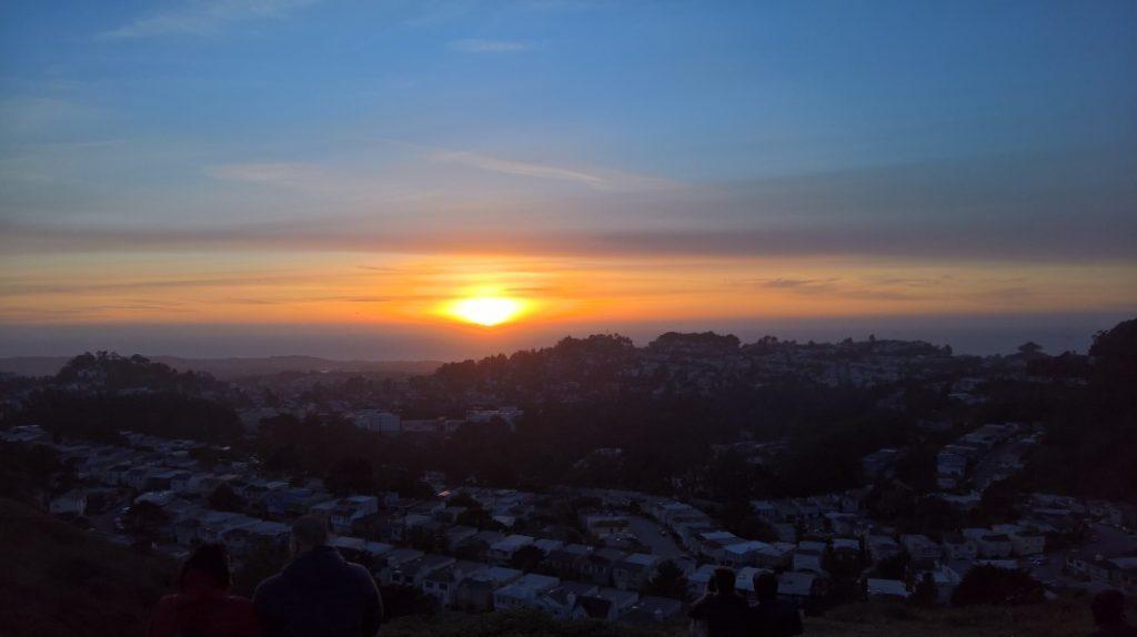 Sonnenuntergang über SFA